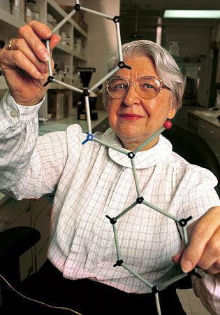 Kevalr inventor, Aramid inventor Stephanie Kwolek